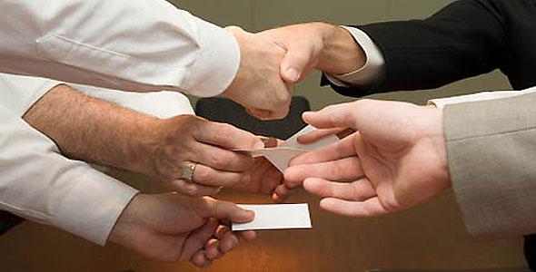 นามบัตรต่อยอดทางธุรกิจได้